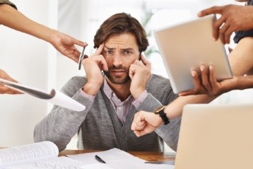 Two Key Early Warning Signs Of Business Stress